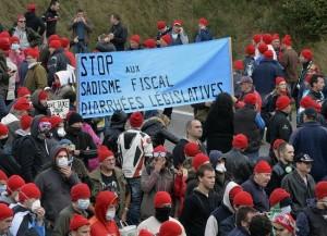 bonnets rouges - stop au sadisme fiscal